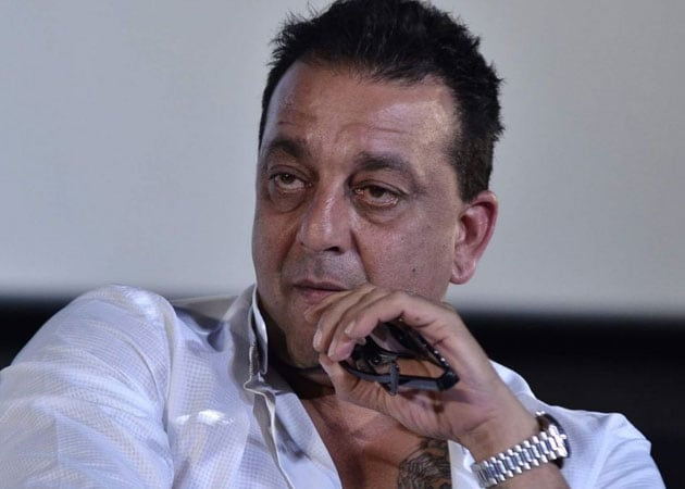 Busy Sanjay Dutt is off to Paris for family holiday