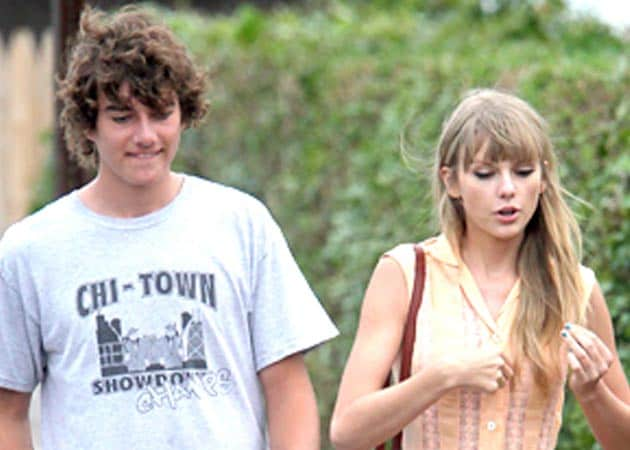 Taylor Swift has introduced Conor Kennedy to her parents
