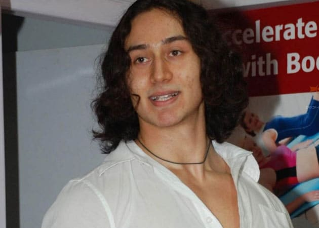 Tiger Shroff to make his Bollywood debut with <i>Heropanti</i>