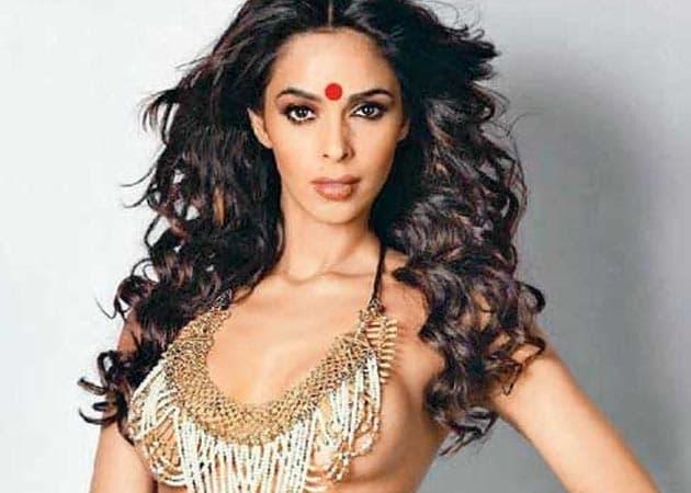 Mallika Sherawat rejects Bhanwari Devi film