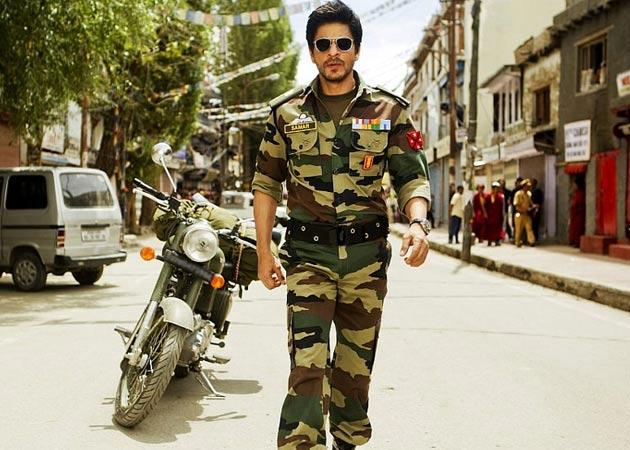Shah Rukh Khan loves his 'bearded look' in Jab Tak Hai Jaan