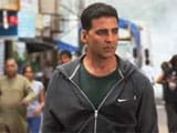 Akshay Kumar's <i>Oh My God</i> suit on auction for charity
