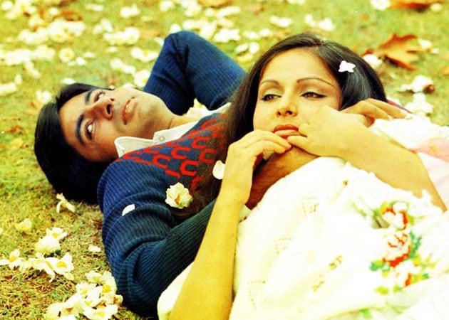 Yash Chopra had lyrical approach to filmmaking: Raakhee Gulzar