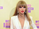 Being full-time mom would be only thing as thrilling as making music: Taylor Swift