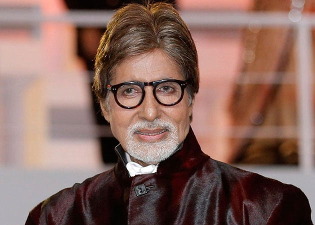 Never forget your past, says Amitabh Bachchan