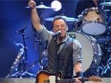 Bruce Springsteen opens concert for Sandy relief
