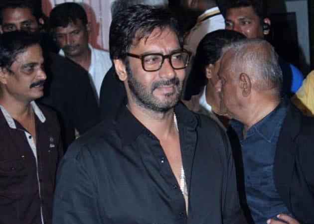 Ajay Devgn on dancing spree, continues with Taki o taki