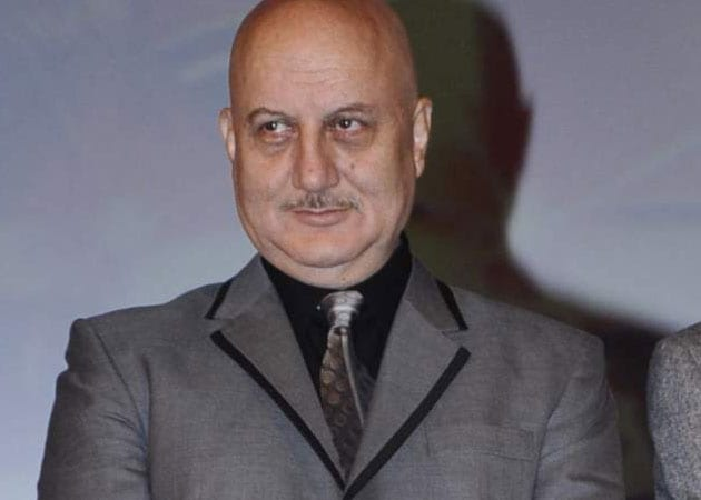 Anupam Kher plans to don director's hat