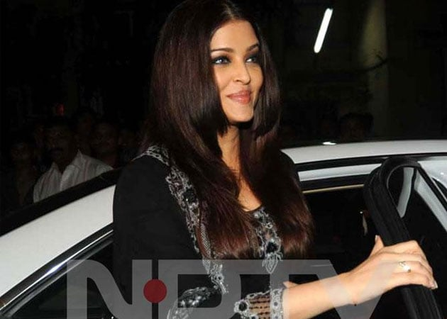 Cannot give a date, says Aishwarya about comeback film