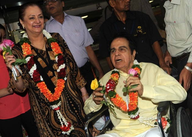 After Umrah, Dilip Kumar and Saira Banu want to go on Haj