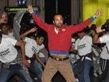 Leander Paes joins flash mob to promote debut film <i>Rajdhani Express</i>