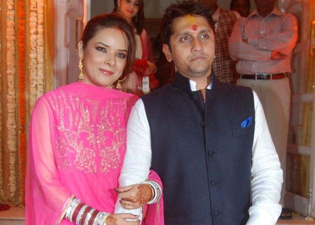 Udita Goswami, Mohit Suri marry in private ceremony