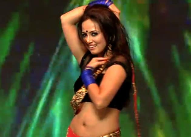 Sana Khan wants to work in Bollywood