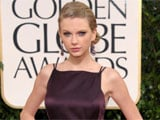 Taylor Swift's cleavage sparks rumours of breast enlargement