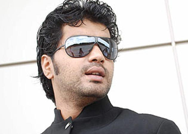 Tamil actor Vinay has a busy 2013