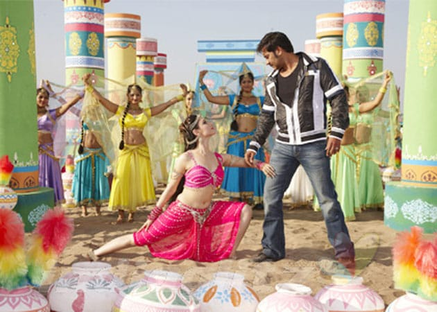 Why is Tamannaah missing from Himmatwala promotions?
