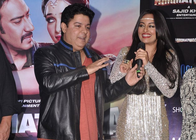 Sajid Khan teaches Sonakshi Sinha how to moonwalk