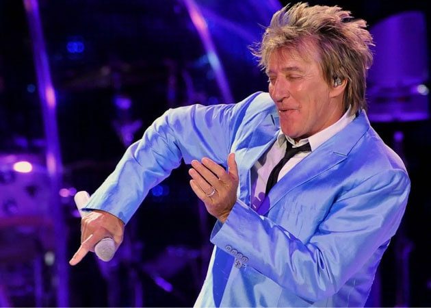 Rod Stewart confesses to running away from past romances