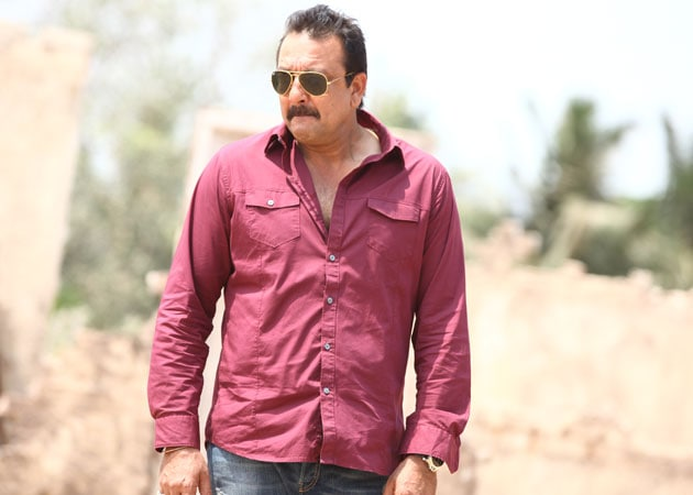 Sanjay Dutt works double shifts