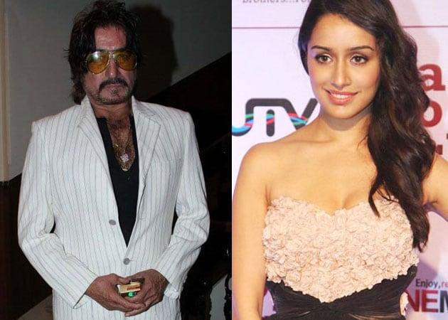 Shakti Kapoor thanks Aashiqui 2 makers for casting daughter Shraddha