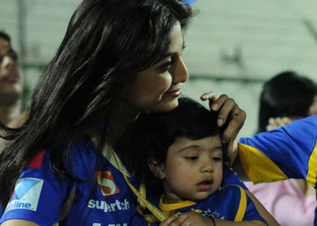 Shilpa Shetty, devoted mother by day, actress by night