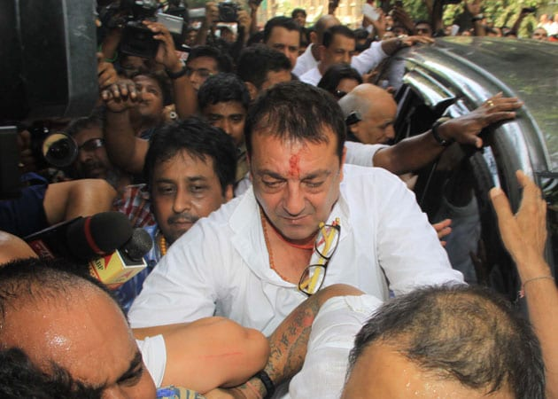 Road rage on Sanjay Dutt's way to court?
