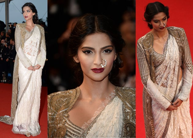 Cannes 2013: Sonam Kapoor stuns in vintage-look sari and jacket