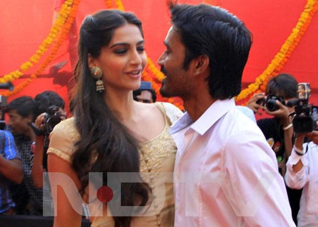 Dhanush: It is easy to impress Sonam Kapoor
