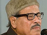 "Manna Dey's condition ""slightly better"": Hospital sources"