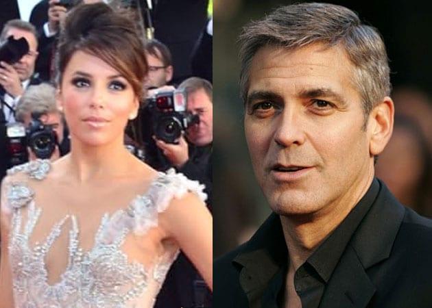 Eva Longoria denies dating George Clooney