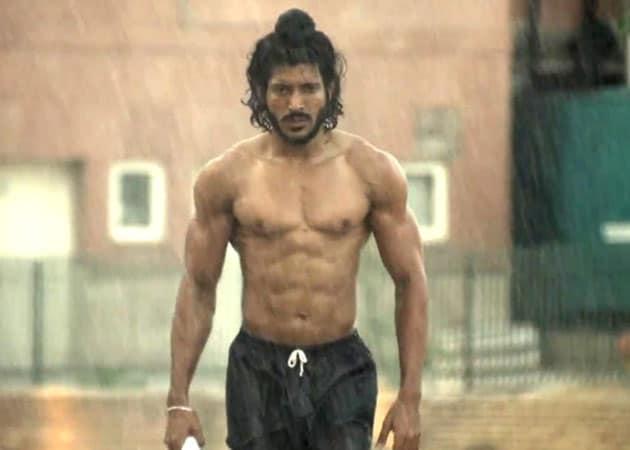Bhaag Milkha Bhaag impresses Bollywood