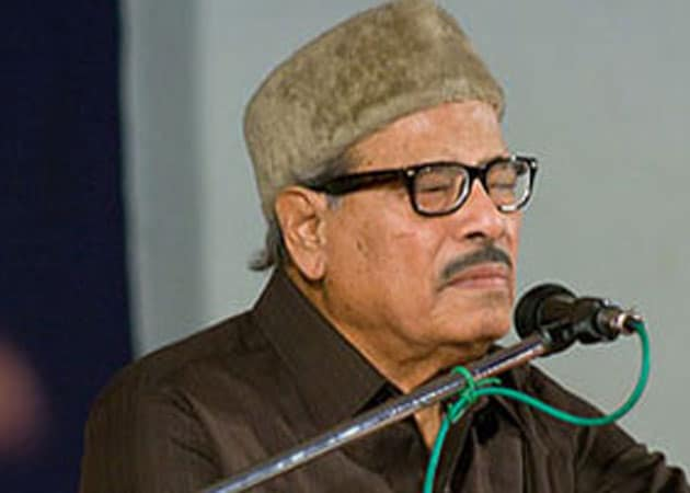 Manna Dey off ventilator, on way to recovery