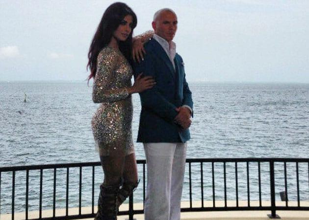 Priyanka Chopra goes Exotic with Bheegi Billi