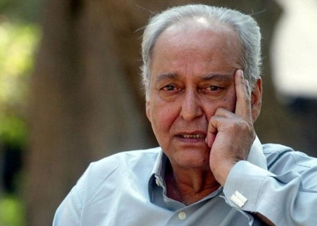 Soumitra Chatterjee recites Rabindranath Tagore's poem set to music