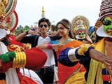 <i>Chennai Express</i> collects Rs 100 crore in first weekend
