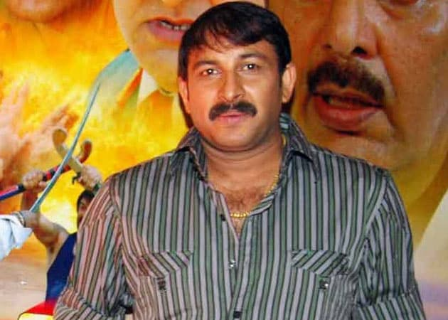 Manoj Tiwari turns producer