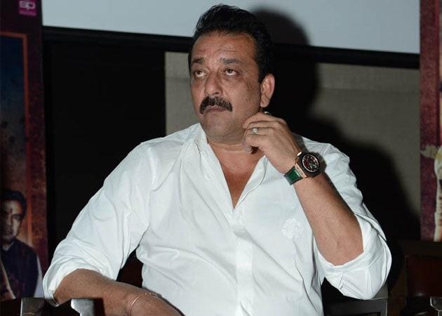 Sanjay Dutt seeks parole for treatment