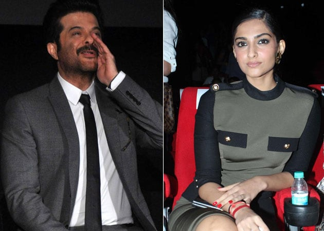 Sonam persuades father Anil Kapoor to socialise online
