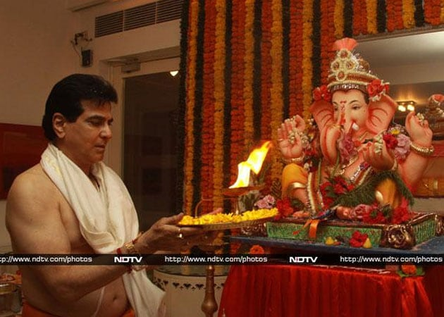 Jeetendra: My jumping, dancing come from Ganapati