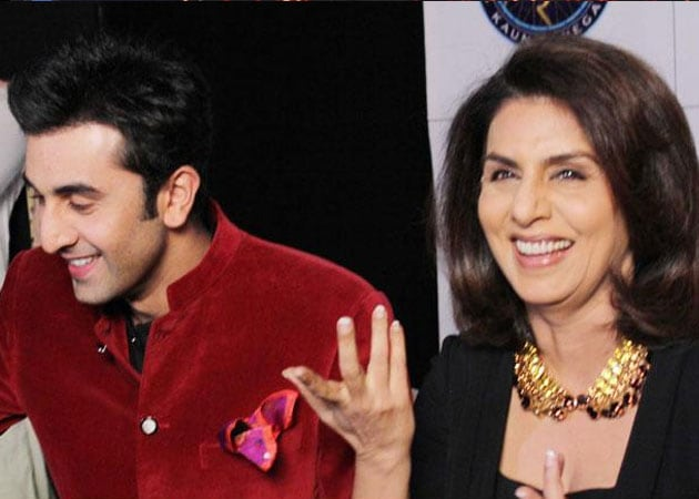 Ranbir Kapoor, Neetu Singh dance together on KBC