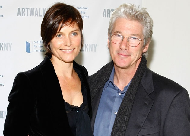 Richard Gere, Carey Lowell split after 11 years