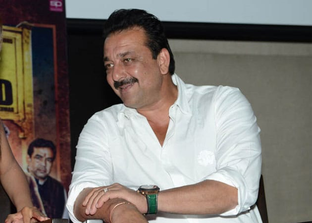 Sanjay Dutt to act, dance for jail fundraiser