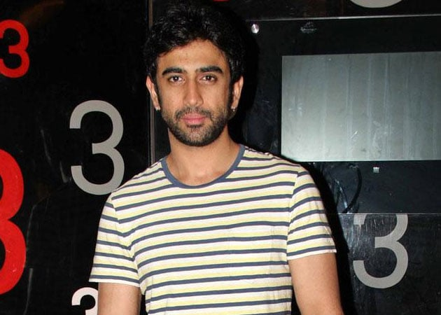 Amit Sadh starts shooting for Shoojit Sircar's next