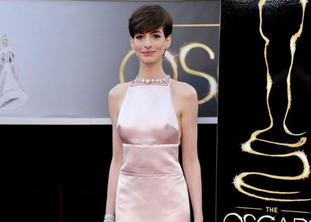 Anne Hathaway gets emotional at charity event