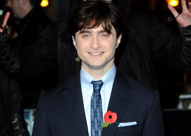 Daniel Radcliffe says gay love scenes in new movie Equus are tame