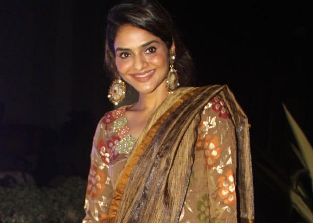 Madhoo: Want challenging roles like Amitabh Bachchan, Rishi Kapoor do