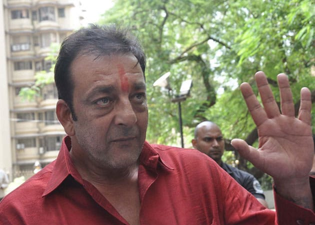 Sanjay Dutt applies for extension for leave