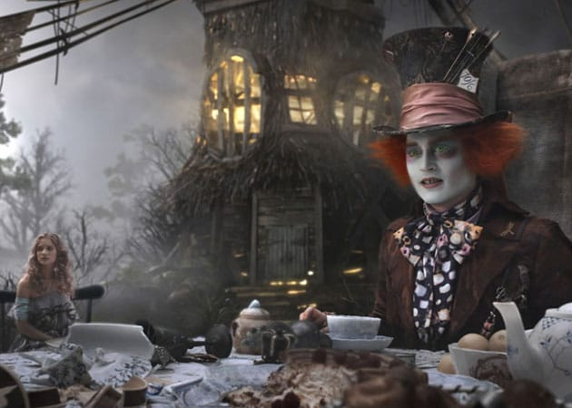 Johnny Depp will return as The Mad Hatter in Alice In Wonderland 2