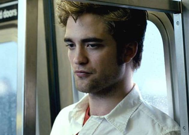 Robert Pattinson plans romantic getaway with Dylan Penn