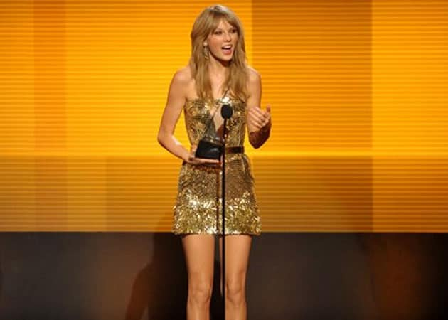 American Music Awards: Taylor Swift wins Artist of the Year